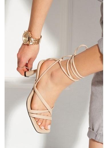 Derithy Rapına Topuklu Ayakkabı-Lıla-Byc1702 Ten